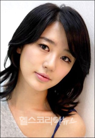 Yoon   on Tags  Korean Actress   Korean Drama   Lady Castle   Yoon Eun Hye