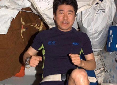 new-clothes-for-Japanese-astronaut-Koichi-Wakata